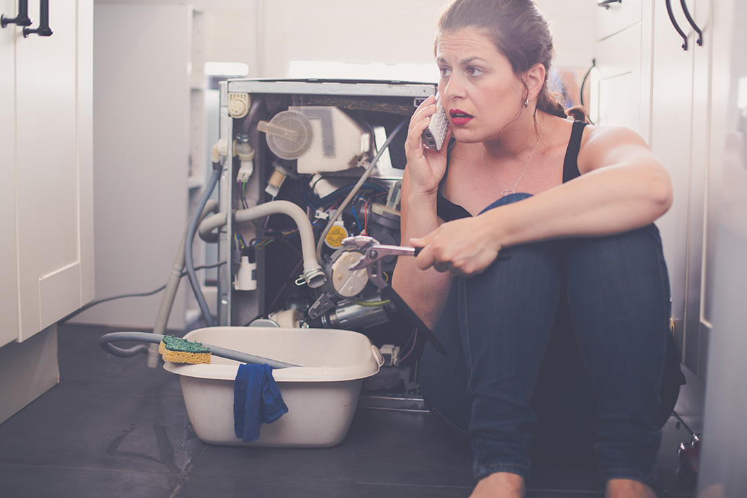4 Tips for Handling Emergency Plumbing Situations